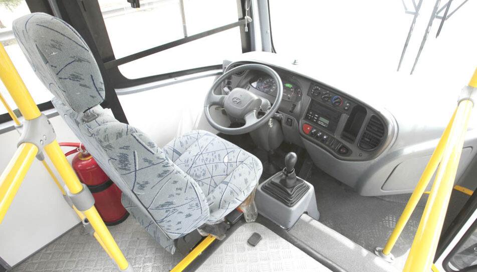 omnibus-urbano-alfa-cabina-de-chofer
